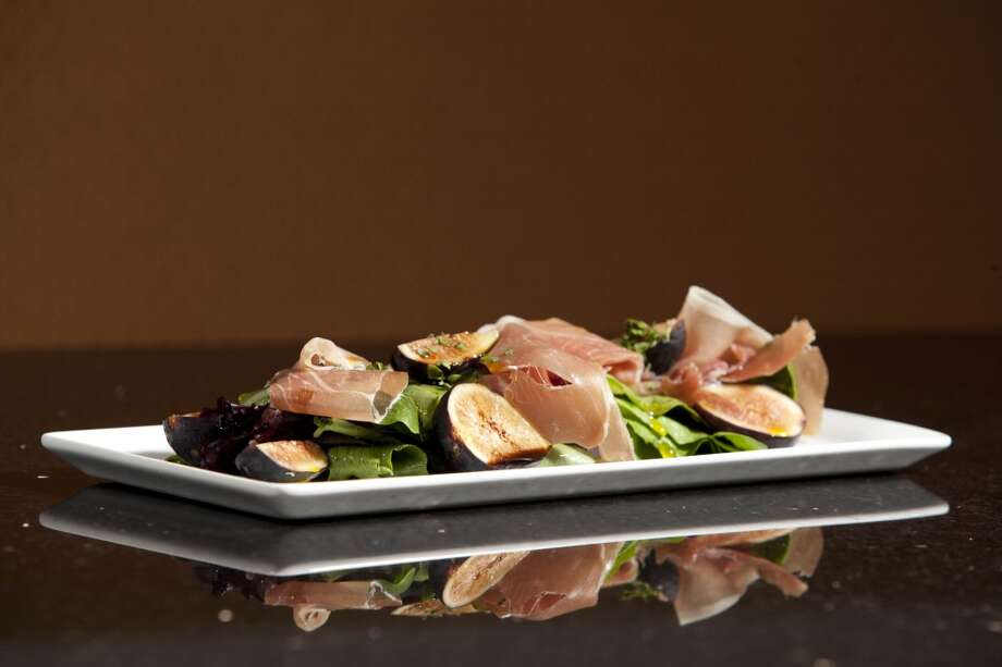 Salad of figs and proscuitto with 25 year aged balsamic at La Balance Cuisine. (Eric Kayne/For the Chronicle) Photo: Eric Kayne, For The Chronicle
