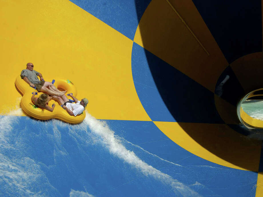 Six Flags Splashtown. Photo: BRETT COOMER, HOUSTON CHRONICLE / HOUSTON CHRONICLE