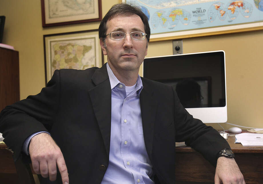 Robbie Greenblum was rightly selected as city attorney, whether the city charter agrees or not. Photo: Bob Owen / San Antonio Express-News / rowen@express-news.net