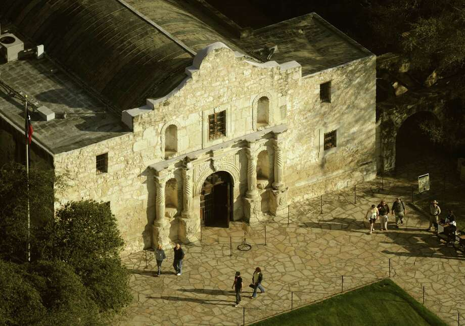 An Express-News reader shares disappointment with the plans to make changes to Alamo Plaza. Photo: Express-News File Photo / gcalzada@express-news.net