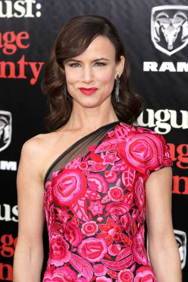 "Juliette Lewis  attends the ""August: Osage County"" premiere at Ziegfeld Theater on December 12, 2013 in New York City. Photo: Rob Kim, Getty Images For DeLeon Tequila"