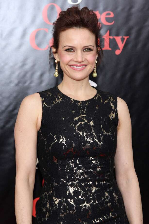"Carla Gugino attends the ""August: Osage County"" premiere at Ziegfeld Theater on December 12, 2013 in New York City. Photo: Rob Kim, Getty Images For DeLeon Tequila"