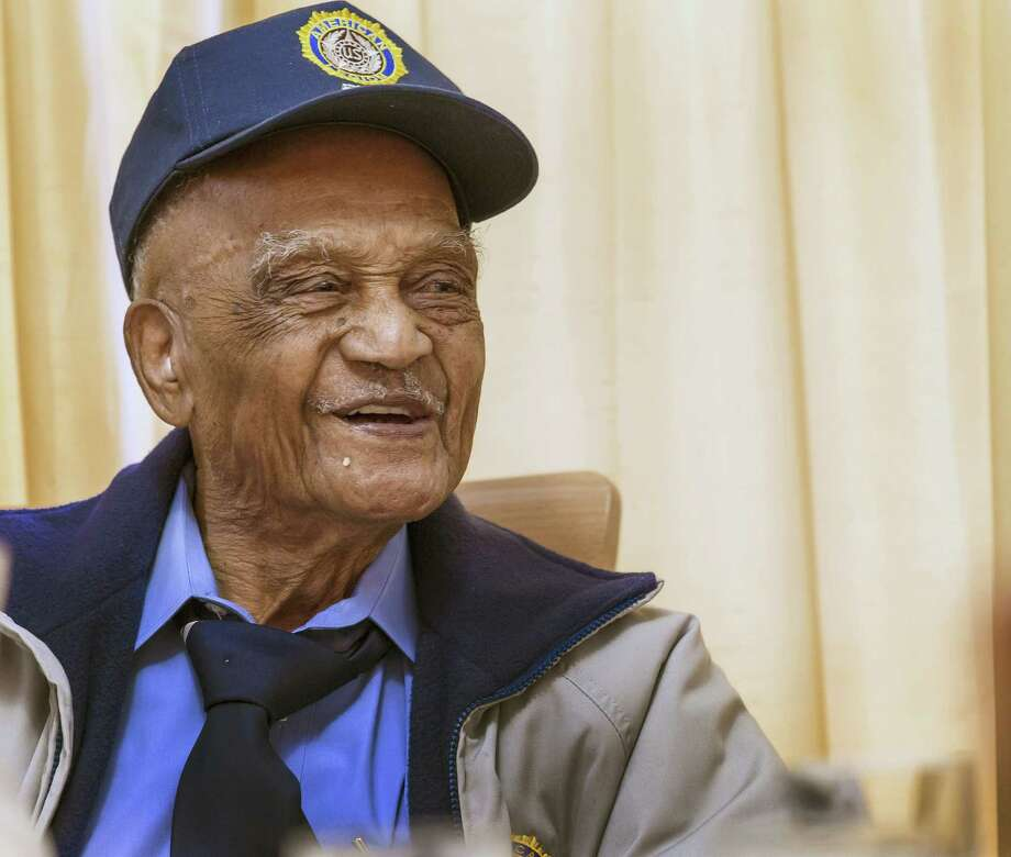 Elmer Hill of Henderson is one of two 107-year-old Texans who are veterans of World War II. Photo: Ricardo Brazziell / Austin American-Statesman / Austin American-Statesman