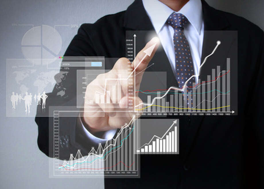 Operations Research AnalystMedian salary: $48,233Growth rate: 17% in the mathematics occupation Photo: Violetkaipa - Fotolia / violetkaipa - Fotolia