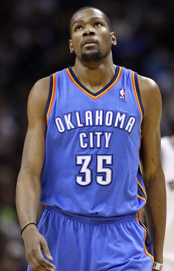 Kevin Durant broke down Thursday when he spoke of the loss of Ingrid Williams in an automobile accident on Wednesday. Photo: Edward A. Ornelas / San Antonio Express-News / © 2013 San Antonio Express-News