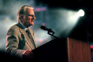 GRAHAM CRUSADE 4-5-97 Dr. Billy Graham addresses the Saturday night crowd at the Alamodome. jerry lara/staff