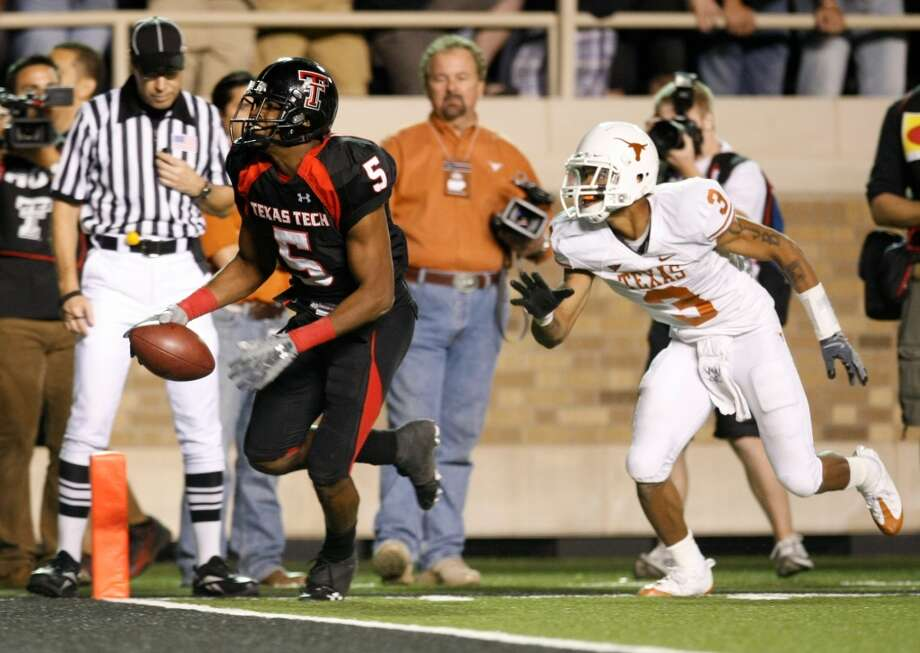 No. 6 Texas Tech 39, No. 1 Texas 33 Nov. 1, 2008  Michael Crabtree's touchdown in the final seconds costs Texas a shot at the Big 12 title and maybe the national championship. Photo: Nick De La Torre, Houston Chronicle