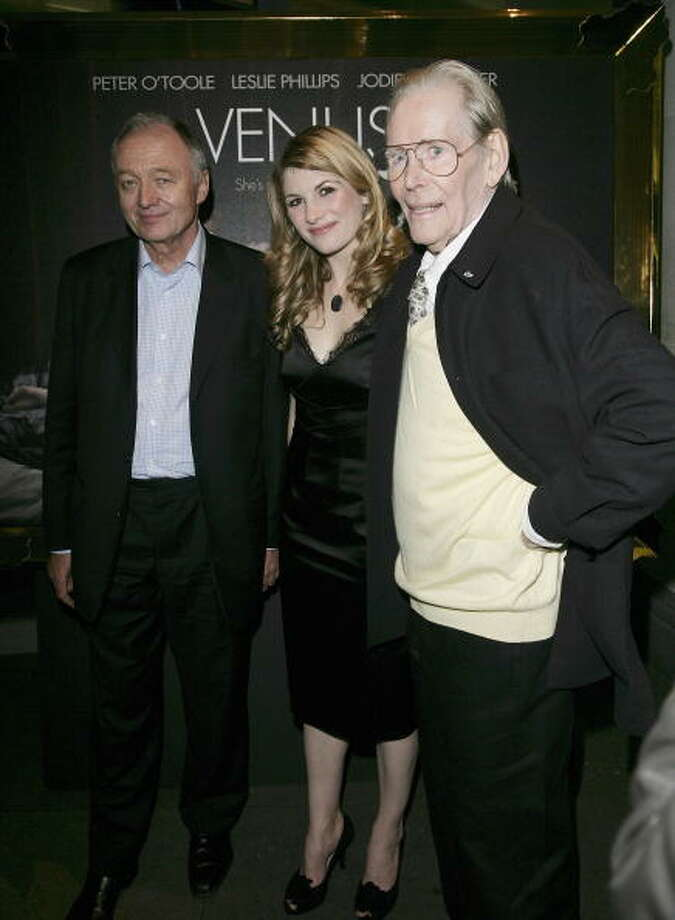 "Mayor of London Ken Livingstone and actors Jodie Whittaker and Peter O'Toole arrive at the pre-screening drinks reception for ""Venus"" at The National Gallery on October 19, 2006 in London, England. (Photo by Dave Hogan/Getty Images) Photo: Dave Hogan, Getty Images / 2006 Getty Images"