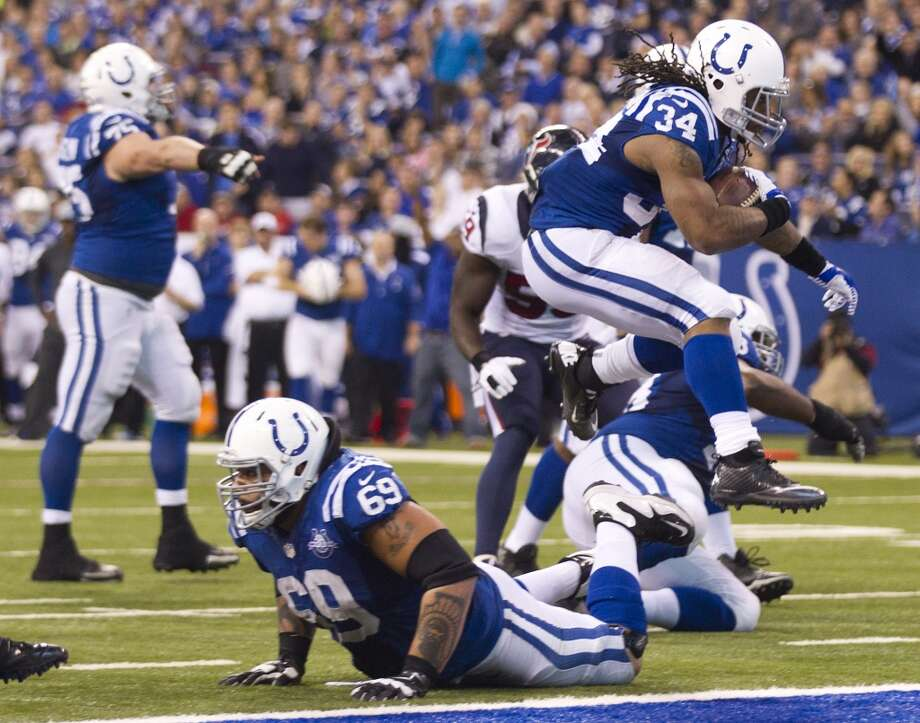 Colts running back Trent Richardson score s a touchdown against the Texans. Photo: Brett Coomer, Houston Chronicle