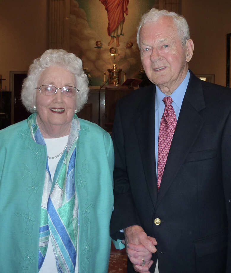 Irene and Raymond Iwanicki . Photo: Contributed Photo / Fairfield Citizen contributed