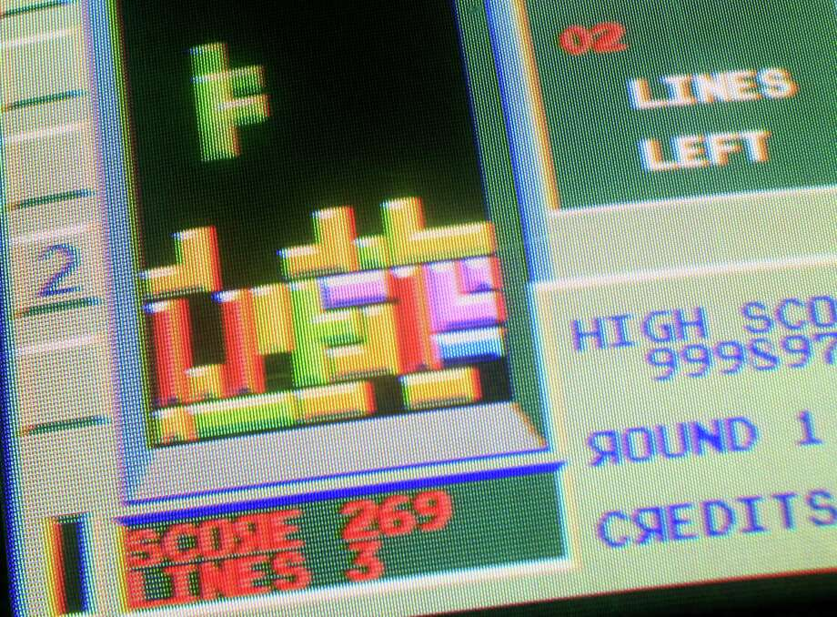 The puzzle video game Tetris is shown at Barcade in the Brooklyn section of New York on May 22, 2009. Photo: Mark Lennihan, Associated Press / AP2009
