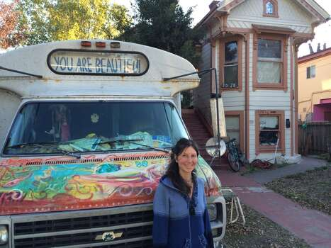 Gypsy Taub at home in Berkeley.  Chronicle/Sam Whiting