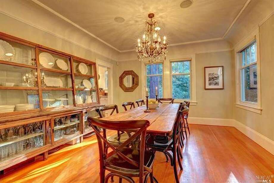 Formal dining room a must! Photos via Estately  /Pacific Union International