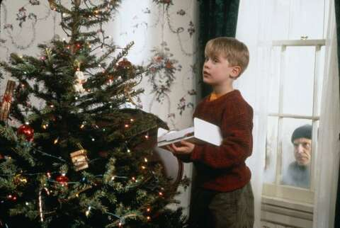 We Finally Figured Out What The Parents In Home Alone Did For A