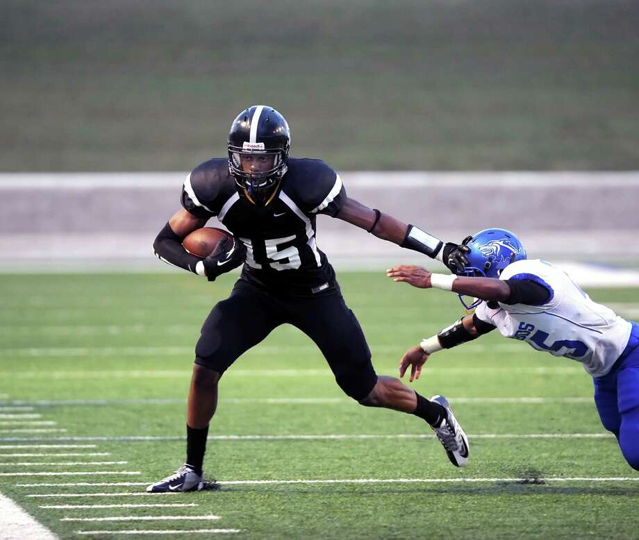 Uncommitted Westide senior Frank Iheanacho is drawing a lot of attention during the offseason, and is set to put his skills on display at the U.S. Army All-American Bowl in January. Photo: Eddy Matchette, Freelance / Freelance