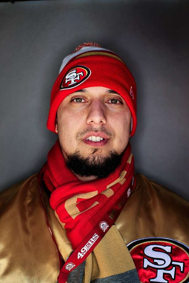 49ers fan Robert Silva, 30, El Paso, Texas. Photo: Mike Kepka, The Chronicle