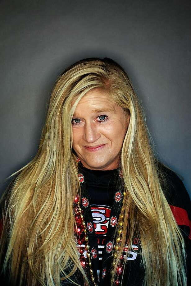 49ers fan Sheri Nicoletti, 44, of Yreka, Calif.. Photo: Mike Kepka, The Chronicle