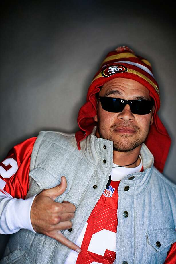 49ers fan Jeremy Johnson, 37, of Long Beach, Calif.. Photo: Mike Kepka, The Chronicle