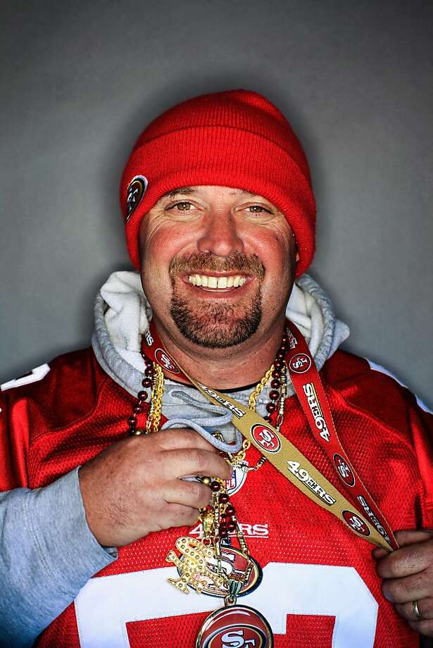 49ers fan Bill Nicoletti, 41, of Yreka, Calif.. Photo: Mike Kepka, The Chronicle