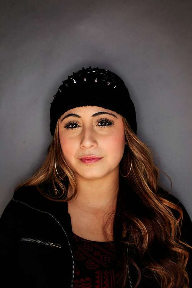 49ers fan Leila Asgari, 25, of San Mateo. Photo: Mike Kepka, The Chronicle