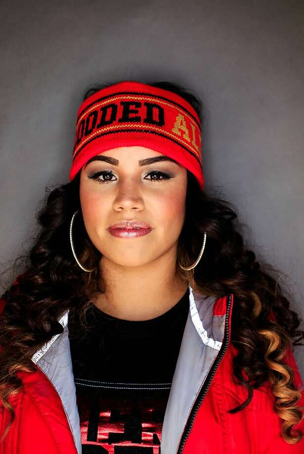 49ers fan Daniela Alvizuri, San Bruno, 25. Photo: Mike Kepka, The Chronicle