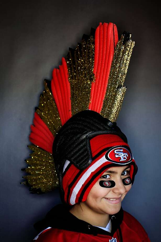 49ers fan Victoria Pineiro, 10. Photo: Mike Kepka, The Chronicle