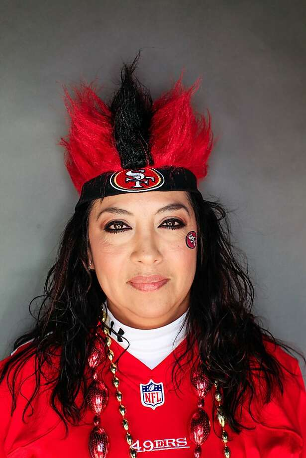 49ers fan Catherine Ortiz, 46, of McMinnville, Oregon. Photo: Mike Kepka, The Chronicle