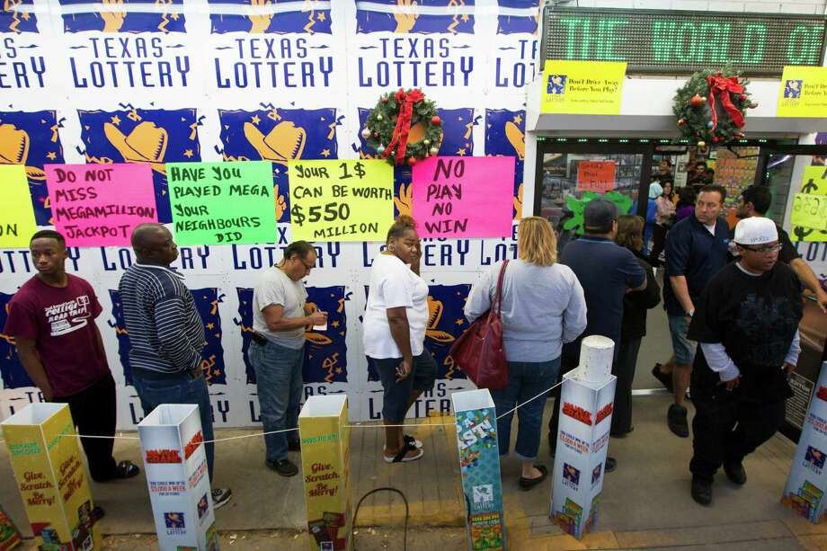 A lot of people line up to buy tickets at Rudy's Stop and Shop in Rosenberg on Tuesday. The following are past winners of the nation's biggest lotteries. Photo: J. Patric Schneider, Freelance / © 2013 Houston Chronicle