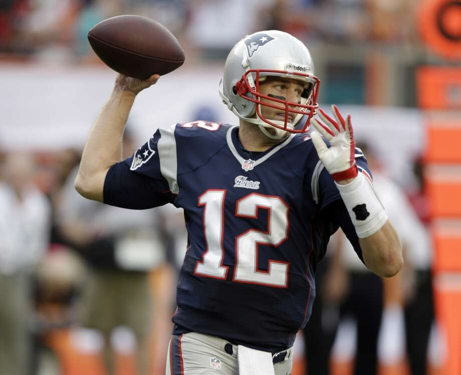 6. Patriots (10-4) Last week: 3  Losing at Miami cost the Patriots a chance to earn home-field advantage in the playoffs. Now Denver gets it by winning out. Photo: Lynne Sladky, Associated Press