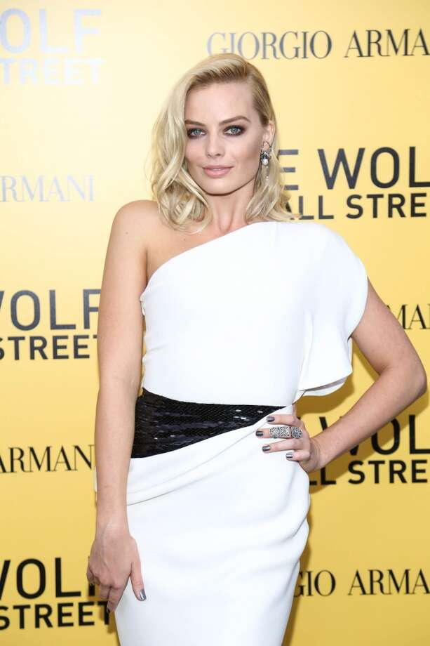 "Margot Robbie attends the ""The Wolf Of Wall Street"" premiere at Ziegfeld Theater on December 17, 2013 in New York City. Photo: Rob Kim, Getty Images"
