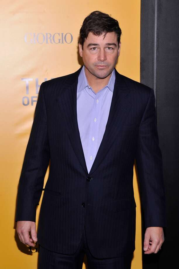 "Actor Kyle Chandler attends Giorgio Armani Presents: ""The Wolf Of Wall Street"" world premiere at the Ziegfeld Theatre on December 17, 2013 in New York City. Photo: Stephen Lovekin, Getty Images For Giorgio Armani"
