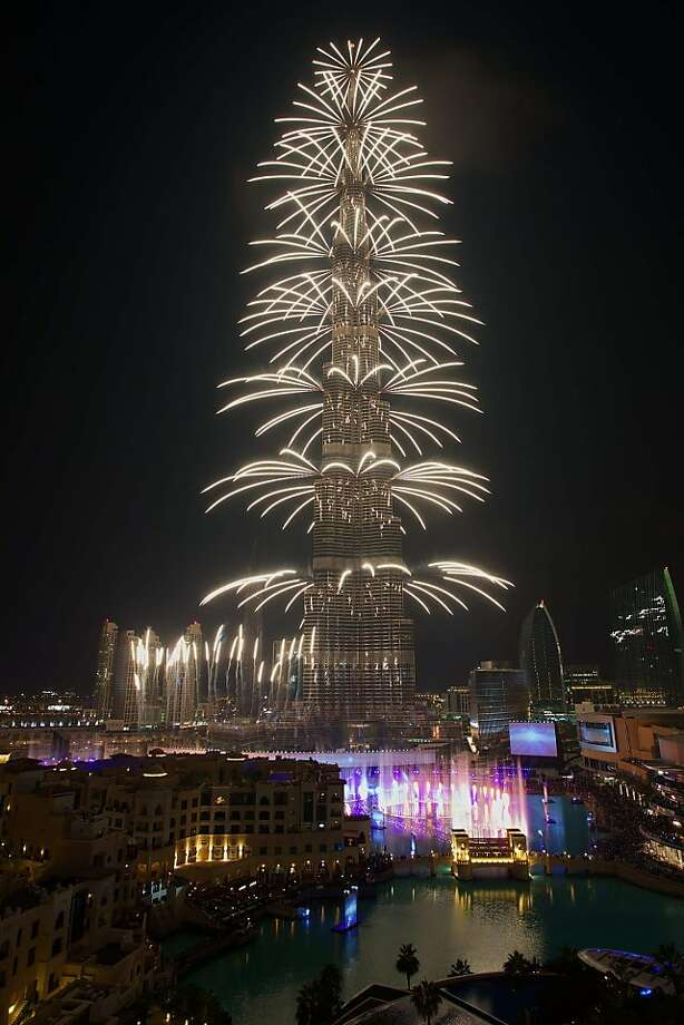 dubai fans of pyrotechnics can always count on a big new years eve show here