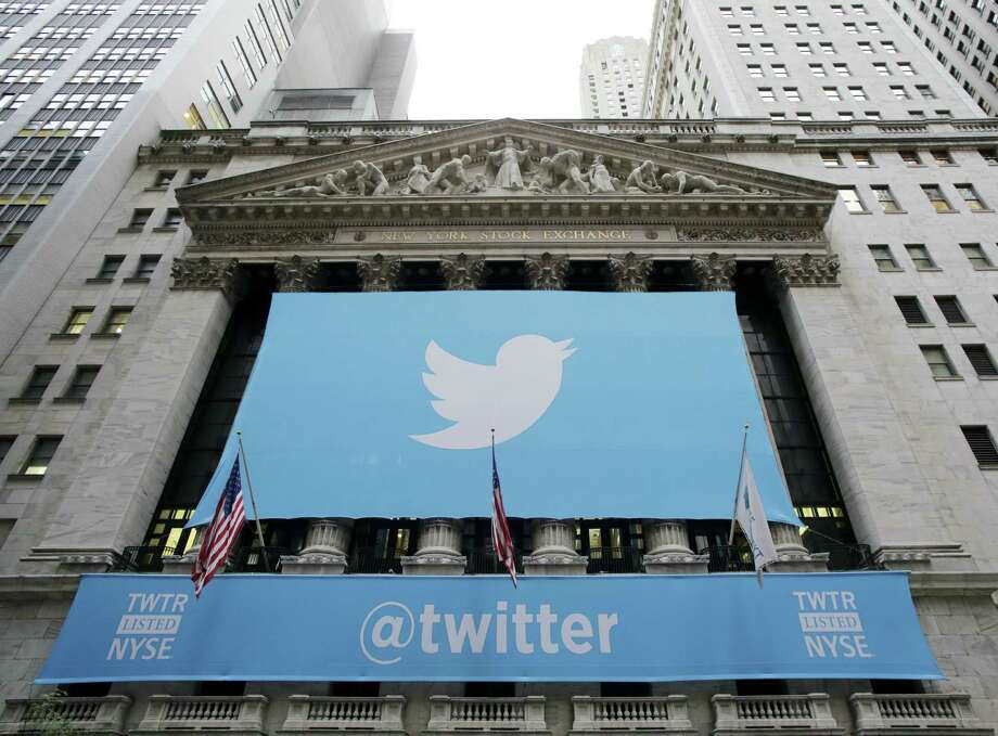 Why do we strive for social media popularity by performing for our Twitter followers? Photo: Mark Lennihan / Associated Press / AP