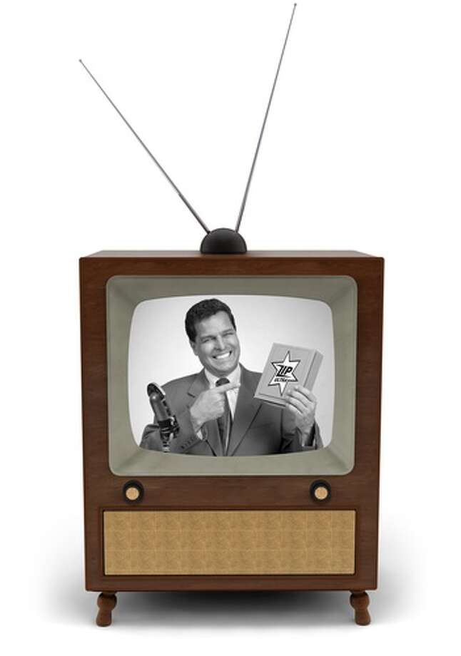 Black-and-white televisions and rabbit ear antennas (Shutterstock / James Steidl)