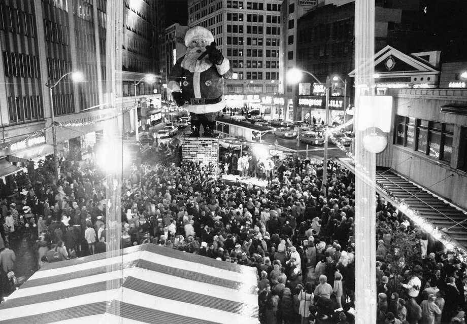 Santa brings in the crowds on Westlake Avenue in December 1968.  Photo: -