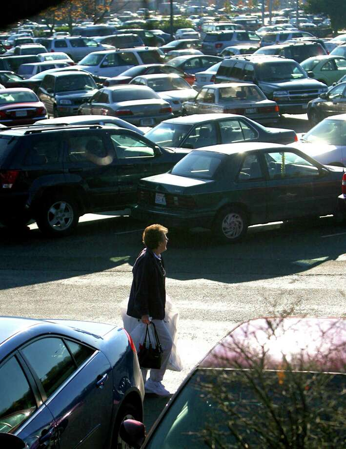 Other things that never change for the holidays: Circling for parking and forgetting where you parked. (Southcenter Mall, 2007) Photo: Scott Eklund, - / Seattle Post-Intelligencer