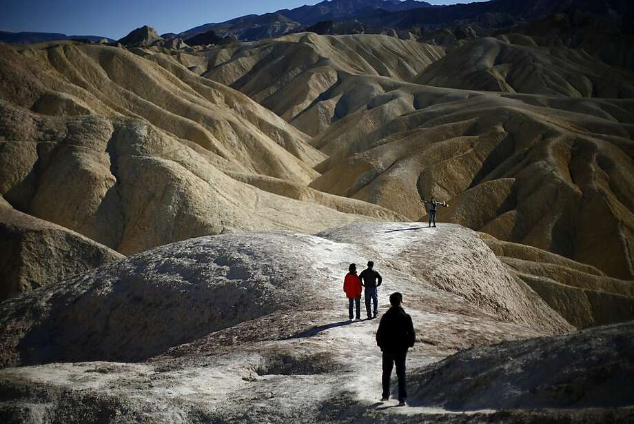 If you visit Death Valley, park rangers would prefer that you leave your eggs at home. They're tired of cleaning up the mess from failed attempts to fry eggs on park sidewalks in the intense summer heat. Photo: Eric Thayer, New York Times