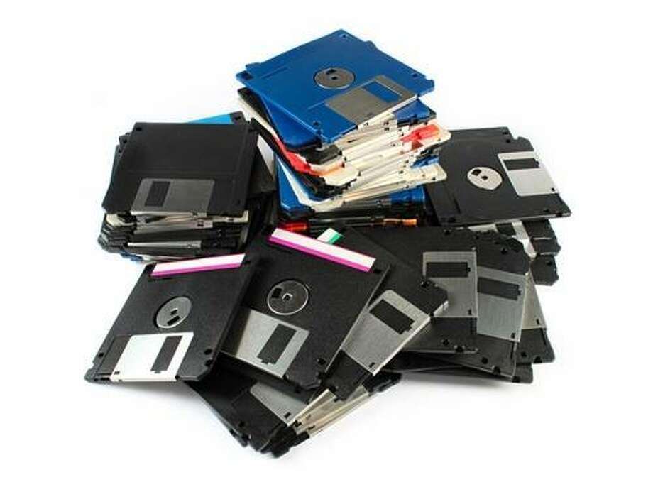 Diskettes (Shutterstock / Cobalt 88)