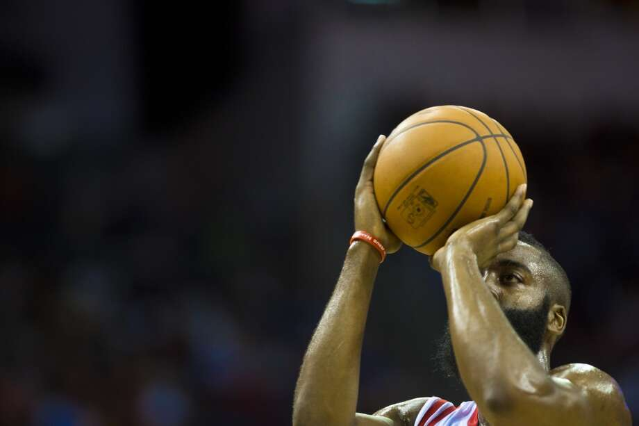 Rockets shooting guard James Harden (13) shoots a free throw. Photo: Marie D. De Jesus, Houston Chronicle