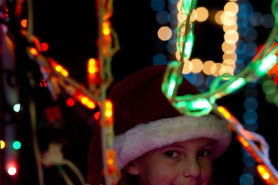 Dickinson Festival of Lights Photo: Johnny Hanson, Houston Chronicle