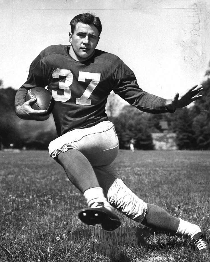 SMU all-world running back Doak Walker, shown here in Detroit Lions gear, won the 1948 Heisman Trophy. Photo: AP / AP