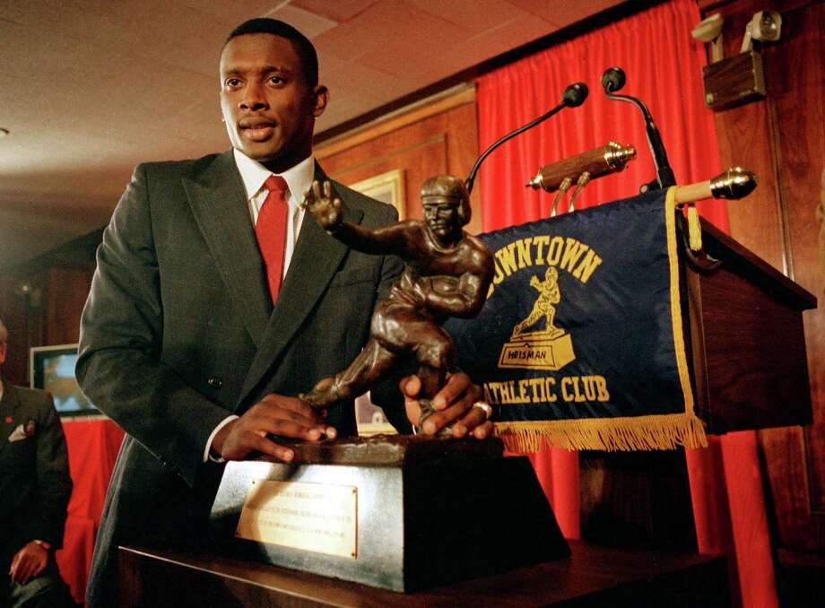 From Dallas' Woodrow Wilson High School, Notre Dame receiver Tim Brown captured the 1987 Heisman. Photo: RON FREHM, AP / AP