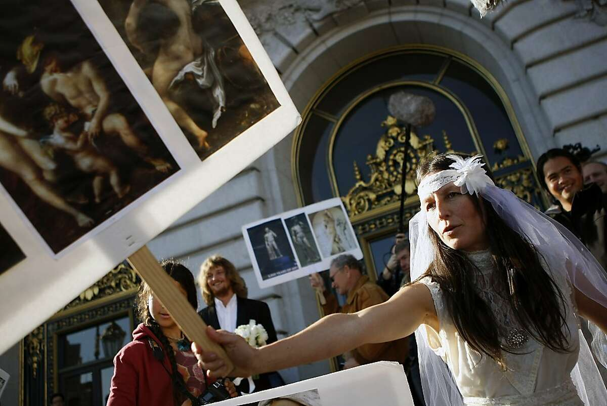 S.F. couple pulls off their nude wedding