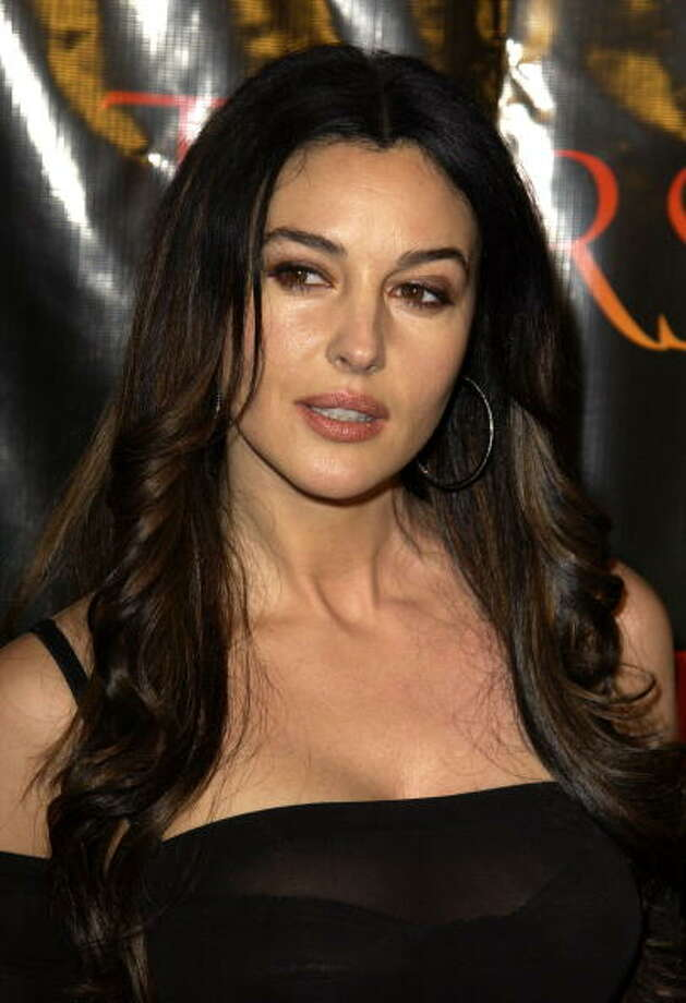 "Monica Bellucci during ""Tears Of The Sun"" Premiere at Mann's Village in Westwood, California, United States. Photo: SGranitz, WireImage / WireImage"
