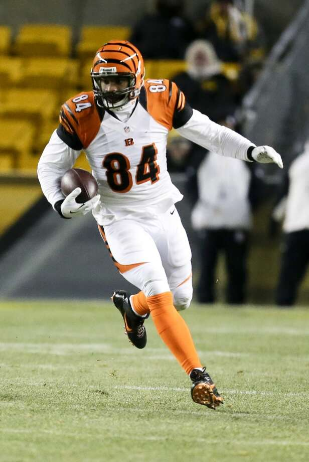Minnesota (4-9-1) plus - 7 at Cincinnati (9-5): Bengals 30-17 Photo: Gene J. Puskar, Associated Press