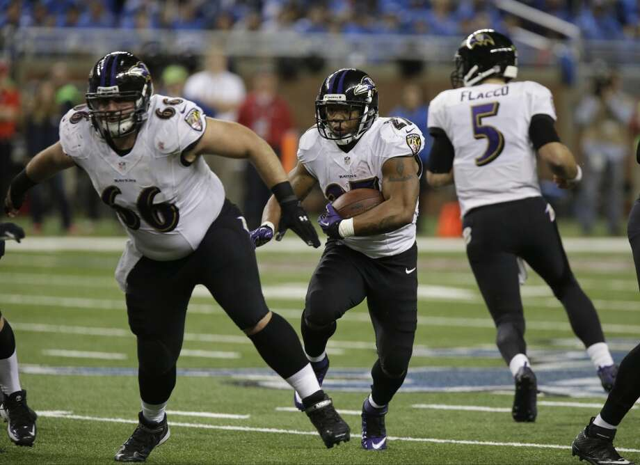 New England (10-4) plus - 2 ½ at Baltimore (8-6): Ravens 21-20 Photo: Duane Burleson, Associated Press
