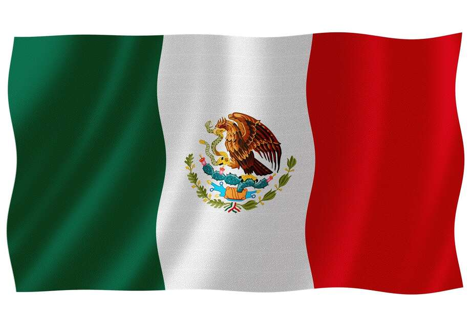 Flag mexico waving with highly detailed textile texture pattern Photo: Visual7 / handout / stock agency