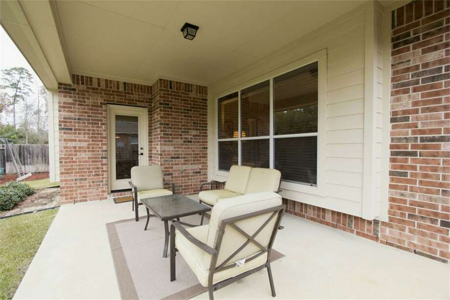 123 Arbor Ridge: This 2007 home has 4 bedrooms, 3.5 bathrooms, and 3,168 square feet. Open house: 12/22/2013, 1 p.m. to 4 p.m.