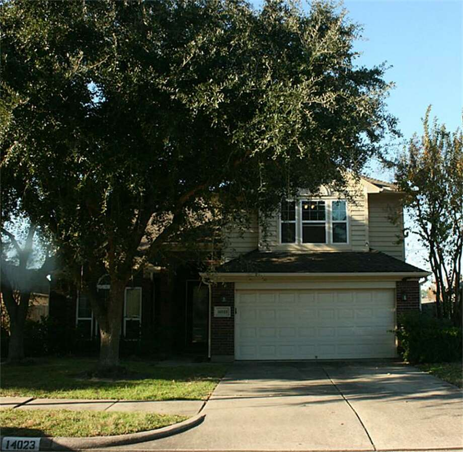 14023 Wheatbridge: This 1992 home has 3 bedrooms, 2.5 bathrooms, and 2,282 square feet. Open house: 12/22/2013, 3 p.m. to 5 p.m.