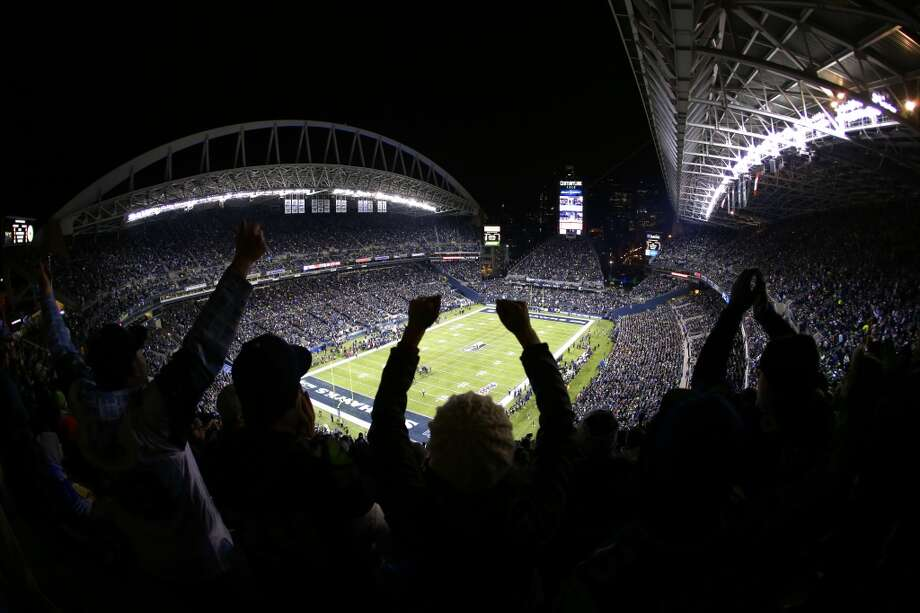 Five things to watch: Arizona Cardinals (9-5) at Seattle Seahawks (12-2)Sunday, Dec. 22 | 1:05 p.m. PST | CenturyLink Field  | TV: FoxAfter a convincing victory last week in New Jersey, where the Seahawks shut out the New York Giants 23-0 at the site of February's Super Bowl, Seattle returns home to CenturyLink Field this Sunday for a divisional rematch with the Arizona Cardinals. The Seahawks have had Arizona's number for their past couple meetings, but with a 9-5 record the Cardinals are not a team to be overlooked. Arizona is a much-improved team since last season, and even in the past eight weeks since the Hawks and Cards last met.Though the 12th Man may overlook Arizona, this is a big game. There is a lot on the line for the Seahawks, who have a chance to lock up both the NFC West title and the No. 1 playoff seed with a victory Sunday. And there's a lot on the line for Arizona. Seattle faces some tough matchups with the Cardinals, who are one of the NFL's better teams but stuck behind Seattle and San Francisco in the division. Here are our five big things to watch in Sunday's game at CenturyLink Field. Photo: John Froschauer, Associated Press